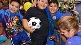LOS ESPERAMOS. El Festival de Regreso a Clases es la última oportunidad donde podrá recibir las revisiones de salud, dentales y de visión  para sus niños además de mochilas y útiles escolares.
