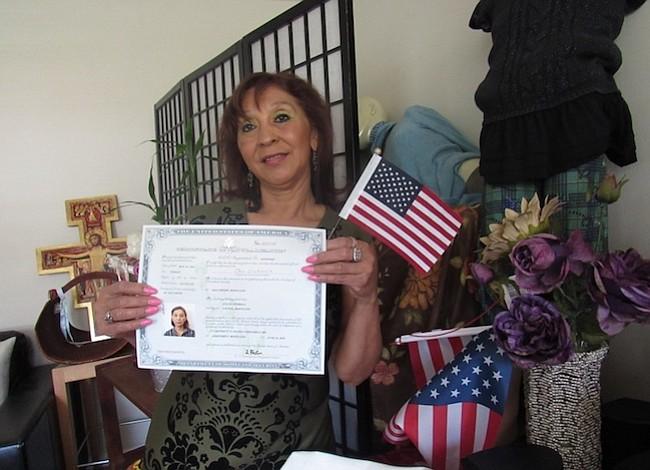 Más de 36 mil casos de ciudadanía retrasados en DMV
