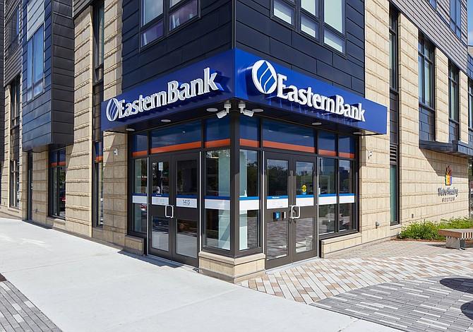 Eastern Bank otorgará $1.7 millones a organizaciones sin fines de lucro que trabajan en pro de la mujer