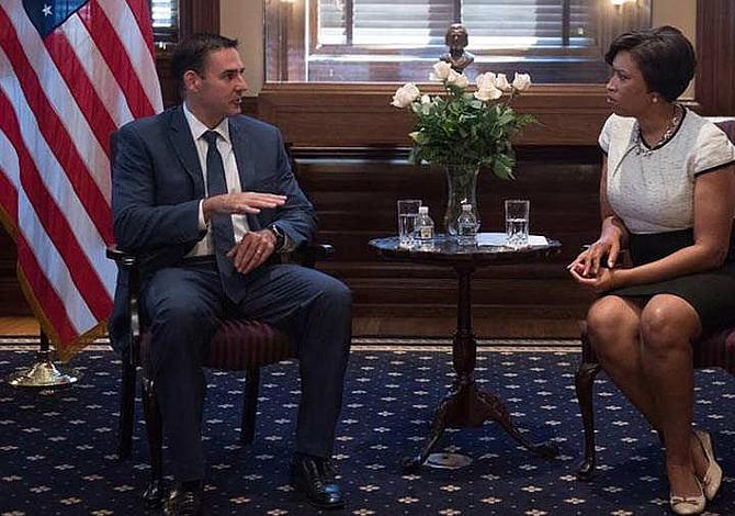 Washington lista para hermanarse con San Salvador