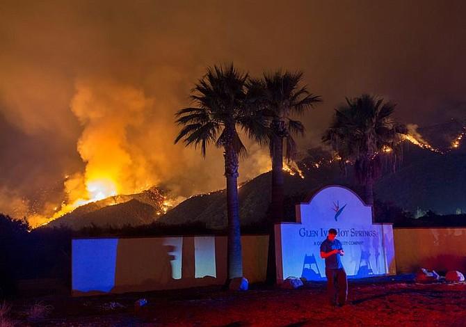 Victimas de los incendios en California sufrirán con los aranceles de Trump