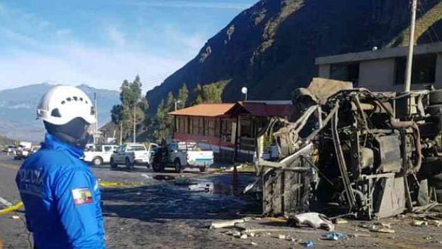 ECUADOR. En la tragedia murieron más de 20 personas