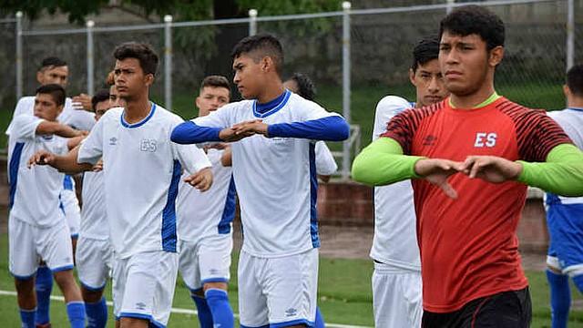 SUB-20. Jugadores de la selección sub-20 de El Salvador durante un entrenamiento en la Federación Salvadoreña de Fútbol.
