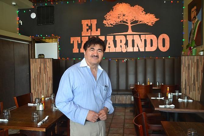 COMERCIANTE. La visita de la alcaldesa podría generar cooperación y capacitación en temas como la seguridad, opina el restaurantero José Reyes.