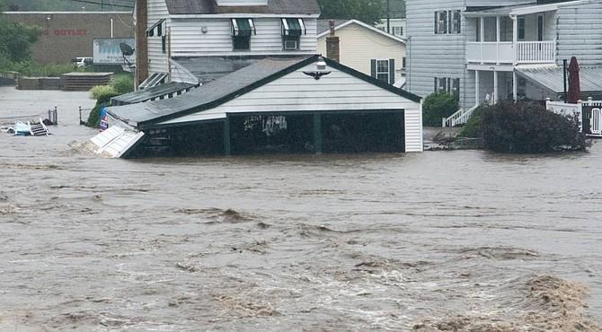 Las lluvias causaron inundaciones y pérdidas materiales.