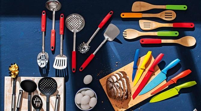 Utensilios de colores son ideales para cambiar el aspecto de tu cocina.