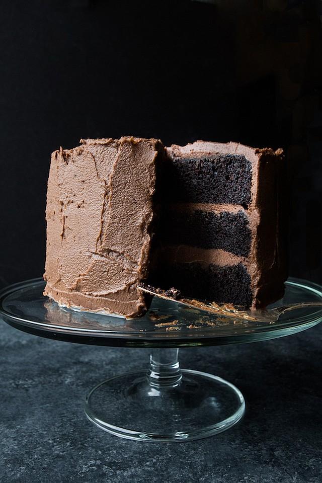 DELICIOSO. También puedes intentar esta versión con frosting de chocolate con leche.