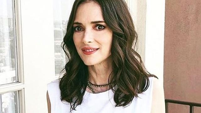 """CINE. Hace 26 años Winona Ryder se casó con Keanu Reeves en un matrimonio en la pantalla grande gracias a la película """"Drácula"""""""