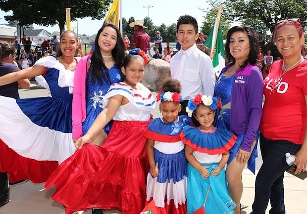 El grupo de baile Cultura Latina es un ejemplo del talento local que año a año se presenta en el Festival