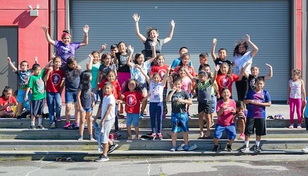 Verano. Un grupo de niños que este verano asistieron a los programas que Kids Club ofreció en Casa Chirilagua.