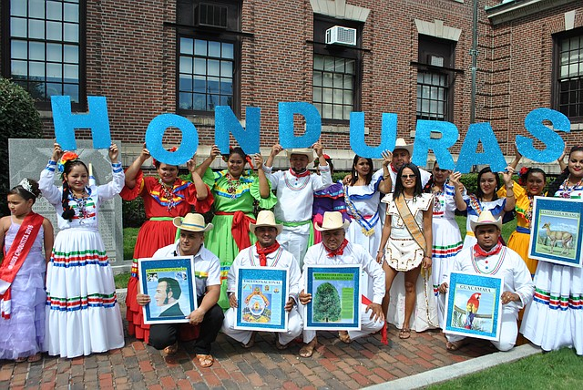 Representación hondureña en el Festival de la Independencia Centroamericana en Chelsea, MA