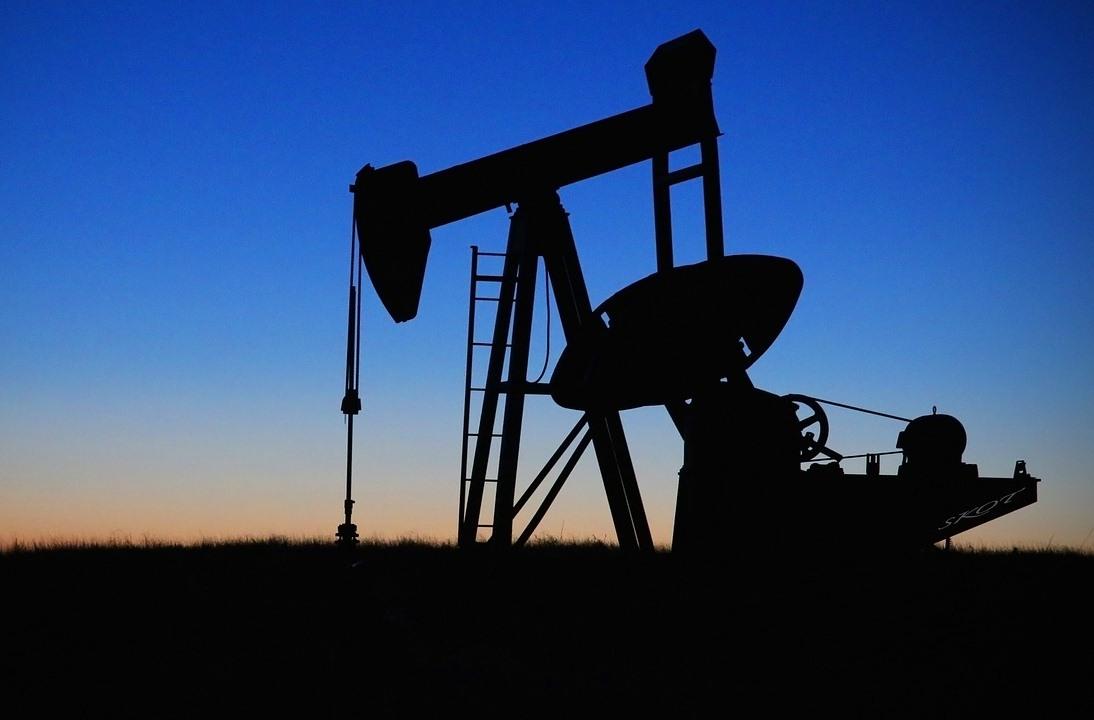 ENERGÍA. Foto de archivo que muestra un balancín de petróleo