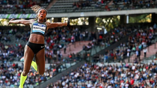 ATLETISMO. La colombiana Caterine Ibarguen compite en la prueba de salto de longitud femenino en el mitin de la Liga Diamante que se celebra en Bruselas