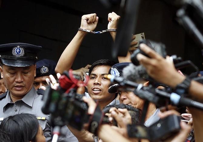 Prensa y activistas critican la sentencia a periodistas de Reuters en Myanmar