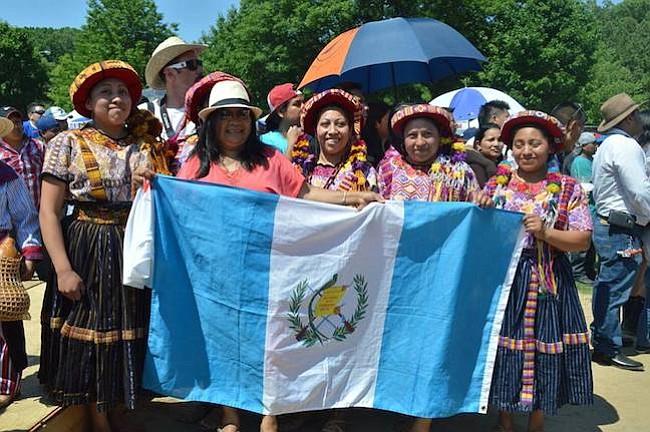 Guatemalteco dirige organización para promover la cultura de su país en Washington