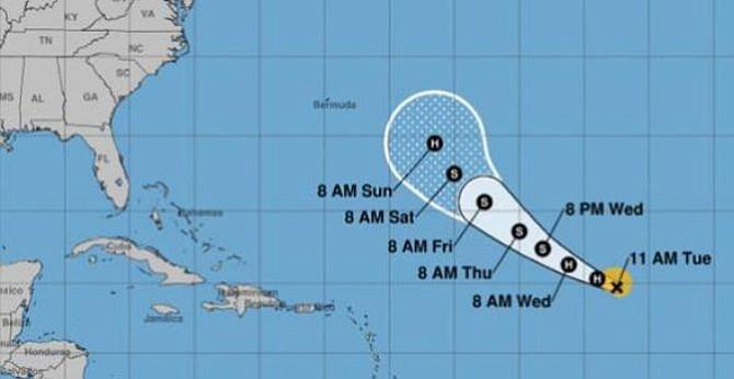 Huracán Florence que se formó en Atlántico se mueve hacia el oeste-noroeste de las Islas Cabo Verde