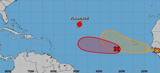 Centro Nacional de Huracanes en alerta ante desarrollo ciclónico en el Caribe