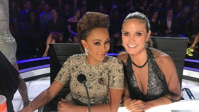 SHOW. La ex Spice Girls, Melanie Brown junto a Heidi Klum