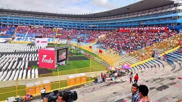 EL SALVADOR. Militantes y funcionarios del FMLN participan este día en la XXXVI Convención de su partido