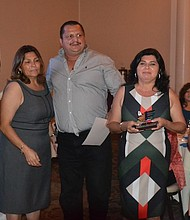 QUELEPA. Comunidades Unidas por Quelepa, San Miguel reconstruirá un salón de usos múltiples en complejo educativo en El Salvador.