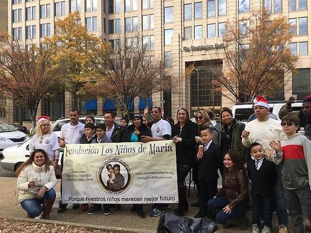 VOLUNTARIOS. Los voluntarios de la Fundación recorren Maryland, Washington, DC y Virginia, en la época de frío regalando abrigo a quienes lo necesiten.