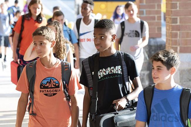 STEM. Los estudiantes de escuelas elementales ahora estudian más Ciencias, Ingeniería, Tecnología y Matemáticas.