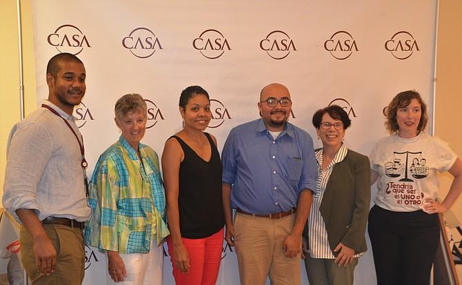 EXPERTOS. (De izq. a der.) Julio Murillo, moderadora del evento, Evette Hernández, José Aguiluz, Olivia Carter-Pokras y Lee Hopkins.