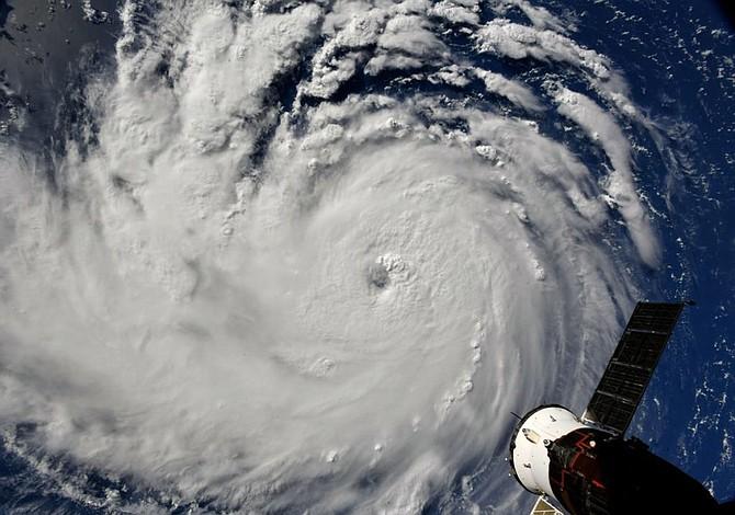 Ordenan evacuar a más de 1,5 millones de personas por llegada de Florence a EE.UU.