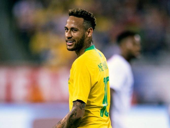 FÚTBOL. Neymar, referente del ataque brasileño