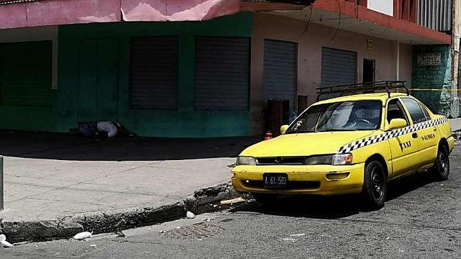 EL SALVADOR. El taxista Edwin Alexander López, de 28 años, asesinado en la zona del Zurita