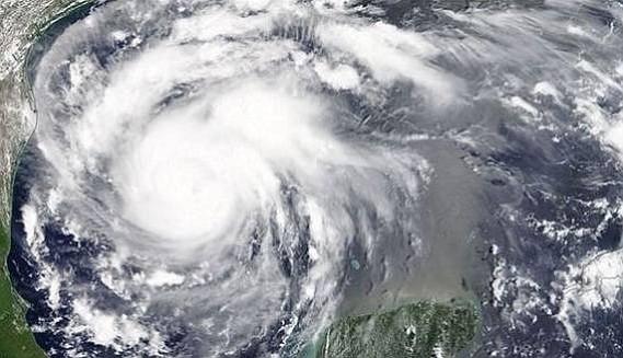 Autoridades de EE.UU. no pedirán documentos a quienes sean atendidos por huracán Florence