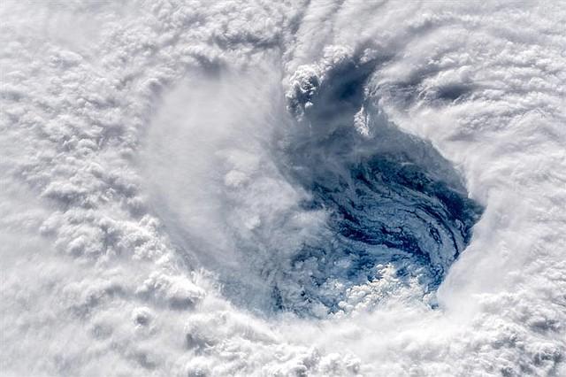 TIEMPO. Ojo del huracán Florence sobre el océano Atlántico