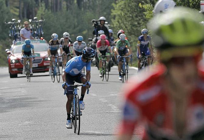 Vuelta a España: Nairo luchó por Valverde pero no pudo salvarlo del fenomenal Yates
