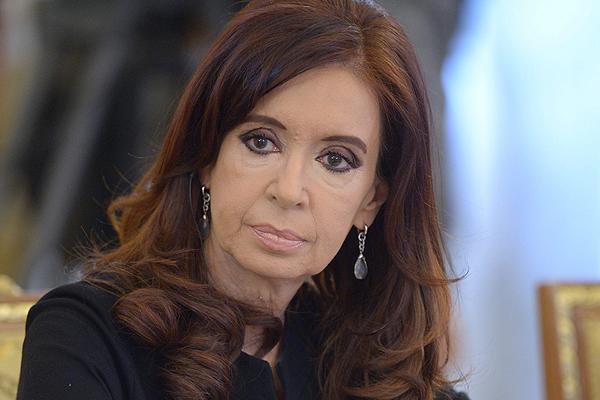 """PROCEDIMIENTO. Se conoció que el magistrado federal Claudio Bonadio dictó el procesamiento con prisión por """"asociación ilícita"""" contra Fernández."""