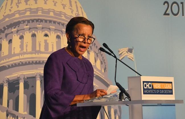 OPORTUNIDADES. Nydia Velázquez, legisladora en la Casa de Representantes por el Distrito 7º de Nueva York, instó a los jóvenes a formarse y romper barreras.