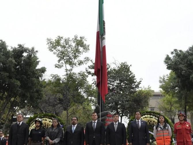 MÉXICO. El Mega Simulacro contó también con la presencia de 20 mil servidoras y servidores públicos del Comité de Emergencias de la CDMX