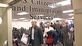 RETRASOS. Los tiempos de espera en el procesamiento de naturalización se han disparado en la Administración Trump.