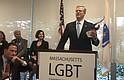 El gobernador Baker será el primer gobernador en todo Estados Unidos en expandir el programa de diversidad de proveedores del estado para incluir negocios de propietarios LGBT.   FOTO: Cortesía ASG