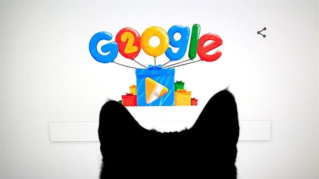 TECNOLOGÍA. Google Doodles celebra el vigésimo aniversario del motor de búsqueda, así como se ve en la página de inicio en un ordenador en Mountain View, California