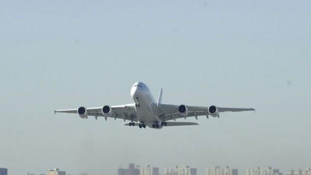 Aerocivil prohíbe volar los Boeing 737 MAX-8 en espacio aéreo colombiano