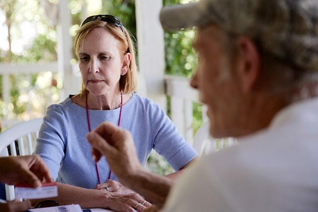 Una charla difícil: hablar con oficiales de salud sobre las propias infecciones sexuales