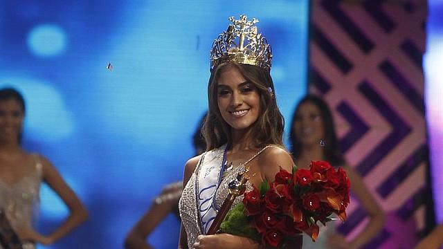 MEDELLÍN. La candidata de Valle Valeria Morales posa luego de ser elegida como la nueva Señorita Colombia, el domingo 30 de septiembre de 2018