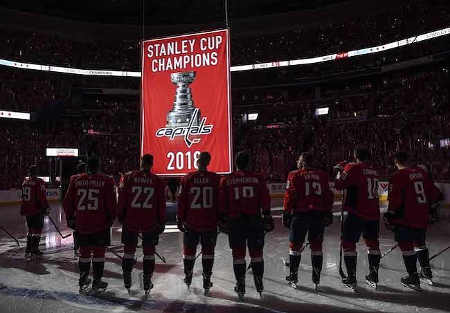 Los Capitals celebraron y dominaron