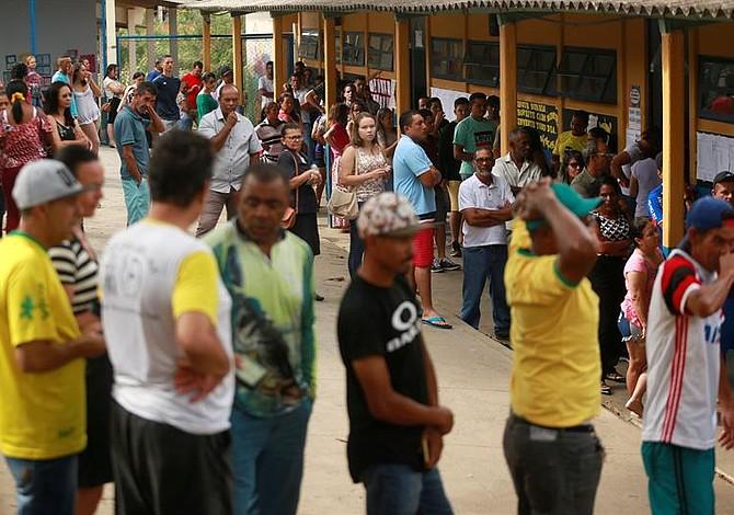 Brasil abre sus urnas para elegir al nuevo presidente de la república [FOTOS]