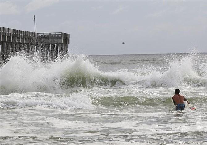 Huracán Michael sube a categoría 4 antes de tocar tierra en Florida