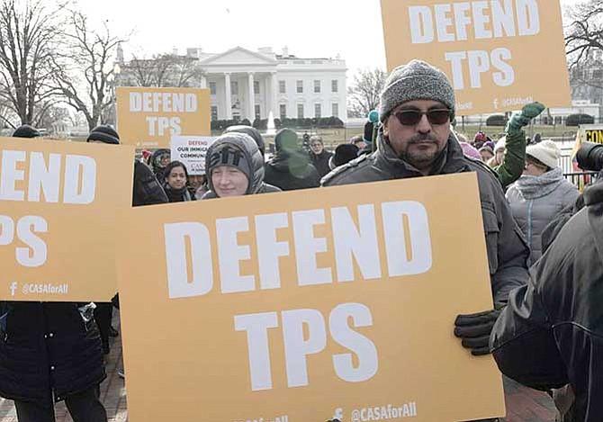 Piden solución permanente para el TPS