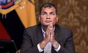 Interpol tiene días para decidir sobre difusión roja a Correa