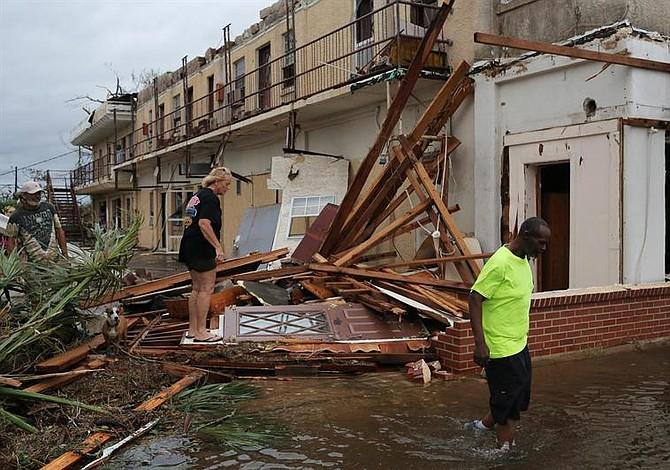 Huracán Michael dejó destrucción en Florida