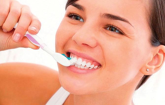 La falta de higiene bucal perjudica tu corazón