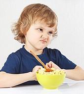Rechazar algunos alimentos es normal en alguna etapa de la niñez.